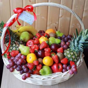 Большая корзина с фруктами и ягодами R1008