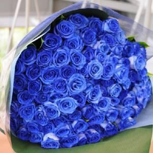 Букет 59 синих роз с оформлением R663